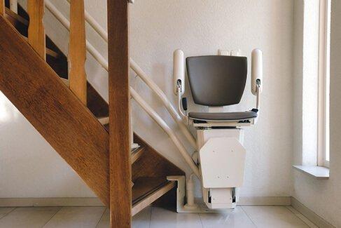 Treppenlift: Einbau und Wartung für Schweigen-Rechtenbach