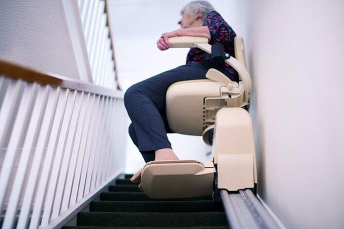 Gebrauchte gerade Treppenlifte für Groß Krankow